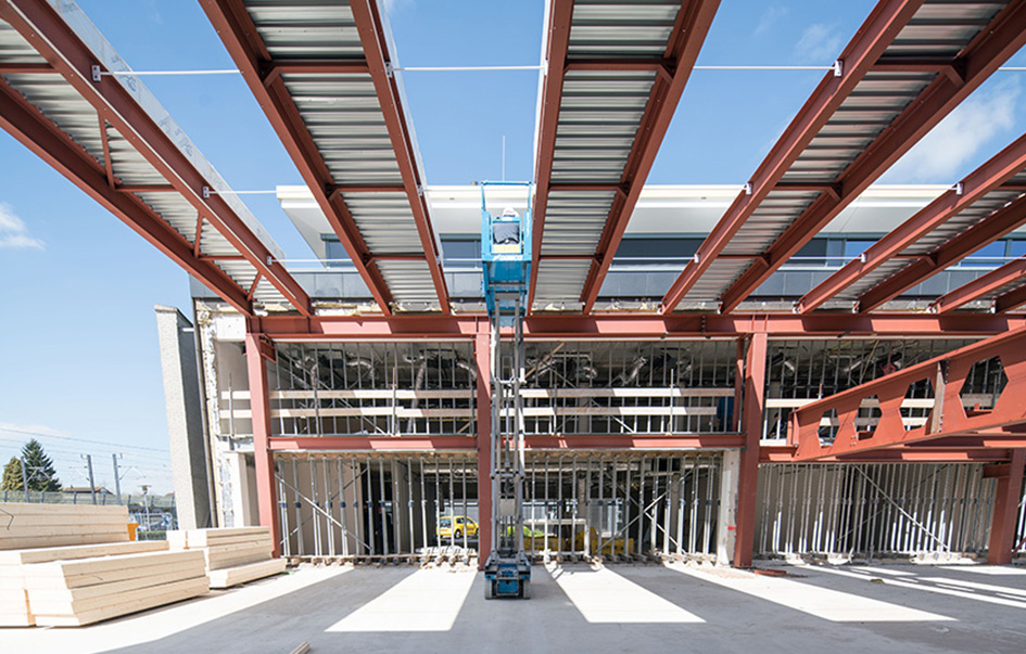 Construction atrium